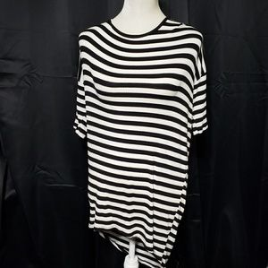 Lularoe Irma Small Ribbed Striped Black White